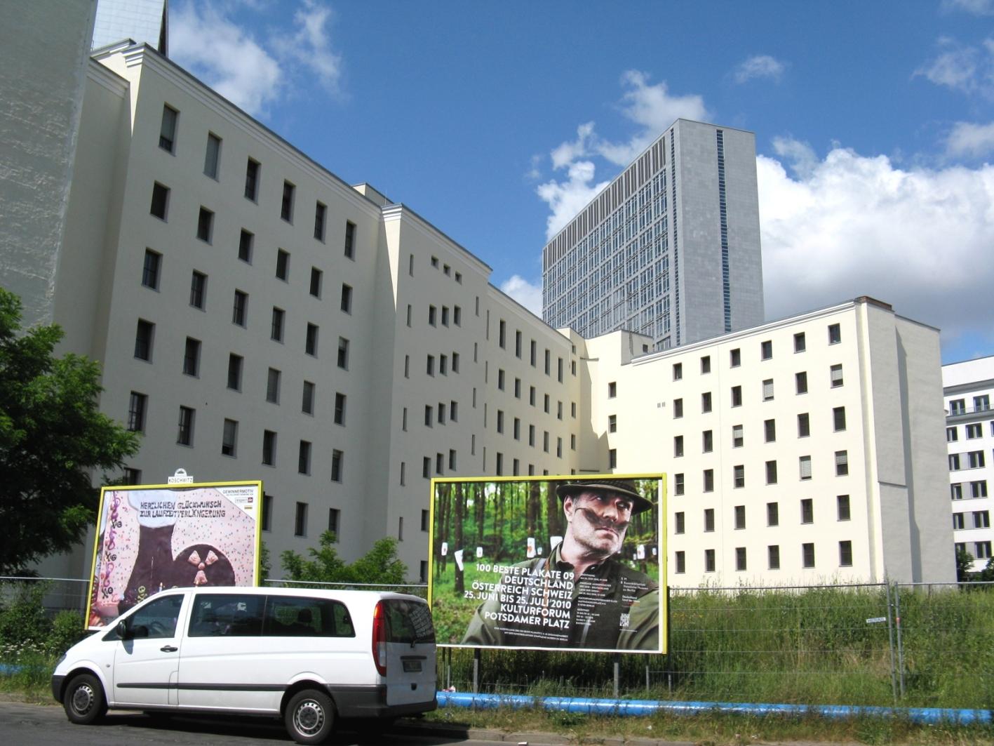 100bp09_berlin_grfl_kommandantenstr_04
